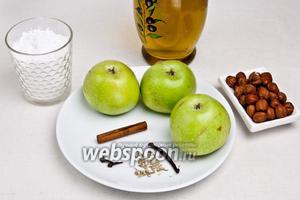 Для приготовления рулета понадобится масло растительное или топлёное (я использовала рафинированное оливковое — оно не имеет запаха), яблоки, любые орехи, сахарная пудра и сладкие специи: корица, гвоздика, мускатный орех и ваниль.