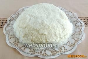 Торт «Рафаэлло» готов. Хранить торт только в холодильнике. Приятного аппетита!