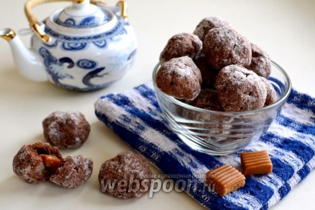 Фото Шоколадное печенье с ирисками