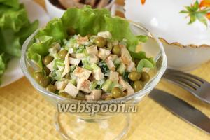 Салат с черемшой и горошком