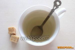 Разлейте готовый чай по бокалам, подайте сахар. Вкусный, полезный и освежающий весенний напиток готов! Приятного чаепития!