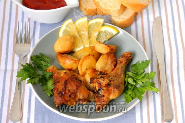Фото Курица с картофелем, лимоном и чесноком
