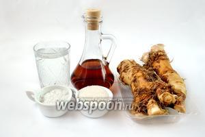 Для приготовления столового хрена нам понадобится корень хрена, винный или яблочный уксус, соль, сахар, вода.