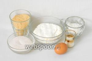 Чтобы приготовить гамбовцы возьмём творог, манную крупу, сахар, панировочные сухари, яйцо, соль.