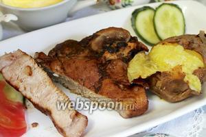 Антрекот из свинины в соусе ткемали