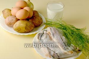Для приготовления калалаатикко нам понадобится картофель, филе рыбы, лук, яйца, молоко, мука, соль, перец, укроп.