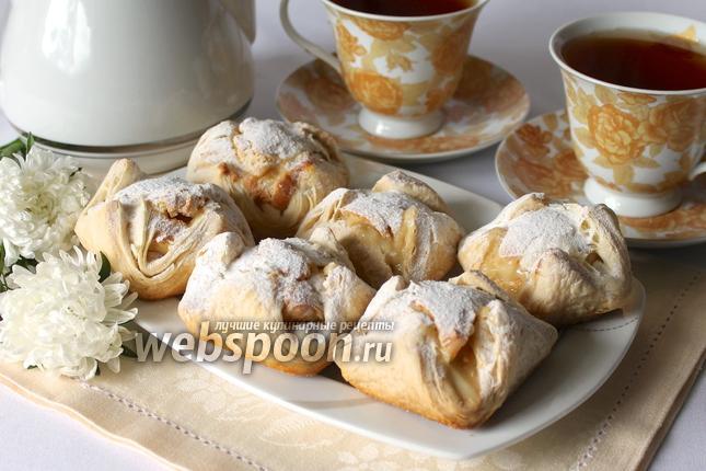 Фото Слоённые пирожные с кремом