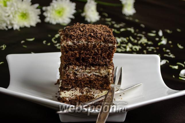 Фото Бисквитное шоколадное пирожное