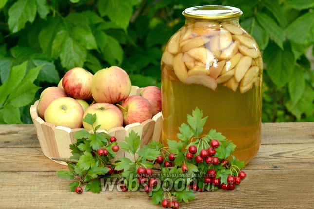 Фото Компот ассорти из яблок, нектаринов и слив