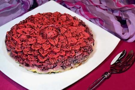 Салат-торт «Селёдка под шубой в желе»