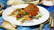 Фото рецепта Тёплый салат с морепродуктами «Морской отшельник»