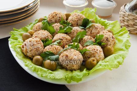Сырно-куриные шарики с оливками