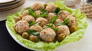 Фото рецепта Сырно-куриные шарики с оливками