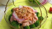 Фото рецепта Салат с брокколи и рыбой