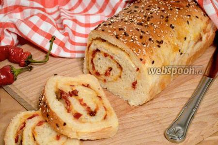 Хлеб с острым перцем и сыром