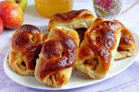 Пирожки с яблоками печёные