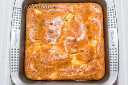 Пирог чуть поднимется и получится вот такой. Приятного аппетита!
