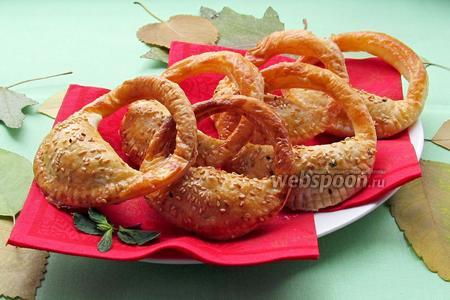 Слоёные пирожки «Сумочки»