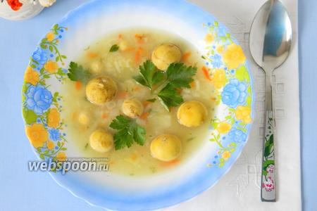 Суп на куриных желтках