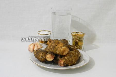 Для приготовления маринованного топинамбура возьмём воду, соль, уксус, кориандр, топинамбур, чеснок.