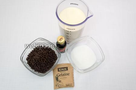 Для приготовления шоколадной панна-котты нам понадобятся сливки, сахар, желатин, шоколад чёрный (у меня шоколадные капли), ванильная эссенция, вода.