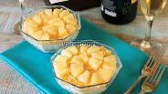 Фото рецепта Салат с грибами и ананасами