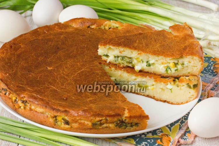 Фото Заливной пирог с зелёным луком и яйцом