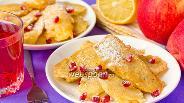 Фото рецепта Десерт из фруктов, обжаренных в кляре