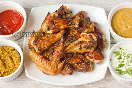 Куриные крылышки-гриль, маринованные в пиве с горчицей