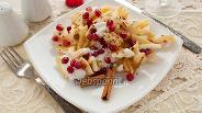 Фото рецепта Салат из груши и сыра с гранатом