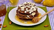 Фото рецепта Оладьи с грушами, миндалем и корицей