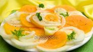 Фото рецепта Салат с фенхелем и хурмой