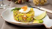 Фото рецепта Тартар с форелью и авокадо