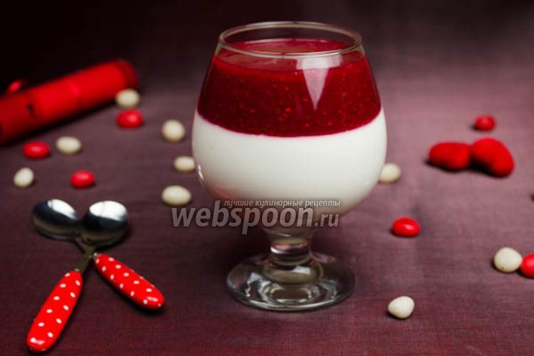 Фото Творожный десерт с малиновым соусом