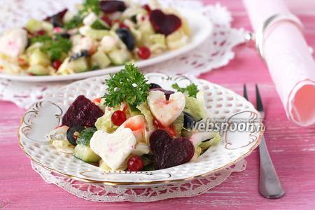 Салат с пекинской капустой и сыром фета с огурцом