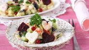 Фото рецепта Салат с пекинской капустой и сыром фета с огурцом