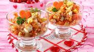 Фото рецепта Салат «Зимний» из варёной моркови лука и орехов
