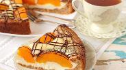 Фото рецепта Творожный пирог с персиками