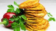 Фото рецепта Оладьи из икры судака с овощами