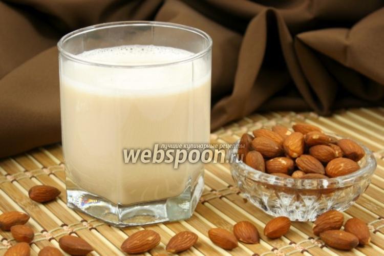 Фото Ореховое молоко