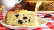 Фото рецепта Королевская ватрушка с вишнями и миндалём