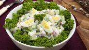 Фото рецепта Салат с черемшой и овощами