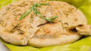 Фото рецепта Фокачча с розмарином из цельнозерновой муки