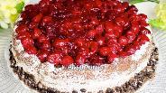 Фото рецепта Шоколадный торт с вишней