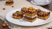 Фото рецепта Домашние пирожные из фиников