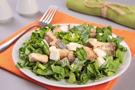 Салат с тунцом и сыром