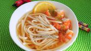 Фото рецепта Пшеничная лапша с креветками