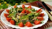Фото рецепта Салат с рукколой и курицей