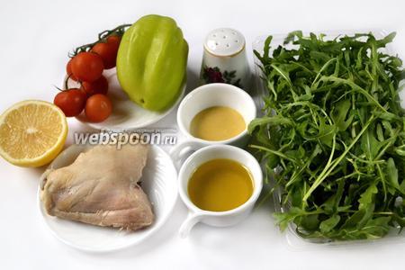 Для салата приготовим: заранее отваренное куриное мясо, рукколу, сладкий перец, помидоры черри, оливковое масло, лимон для сока, дижонскую горчицу, соль и перец.