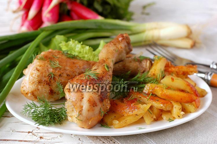 Фото Картофель с курицей в мультиварке